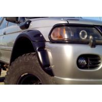 Расширители колёсных арок (фендеры) MITSUBISHI Pajero Sport 1998-2004 (вынос 90 мм) - комплект 4шт